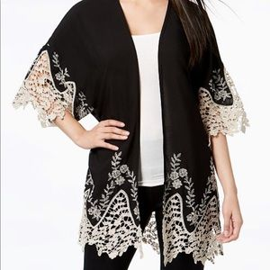 Black/ Ivory Lace Kimono NWT